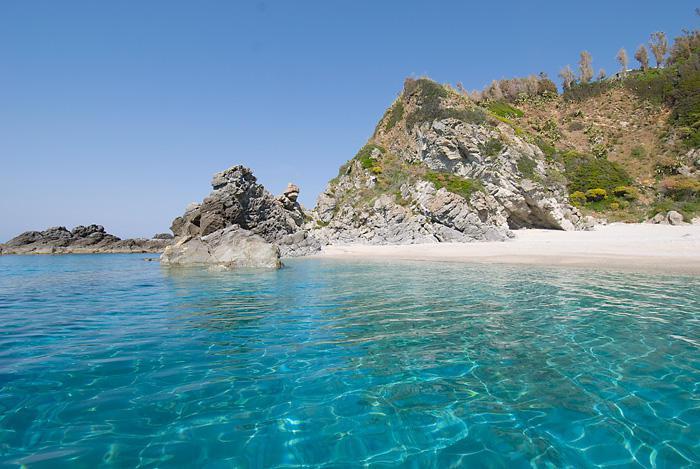 Matrimonio Spiaggia Tropea : Matrimoni baia tropea